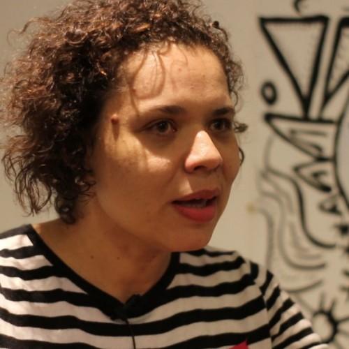 Érica Faleiro Rodrigues *