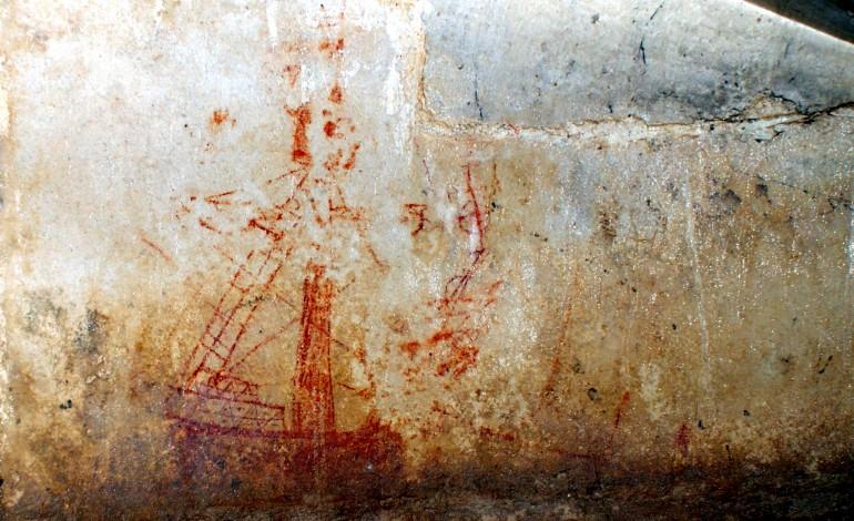 livro-sobre-grafitos-do-mosteiro-da-batalha-divulga-patrimonio-unico-em-portugal