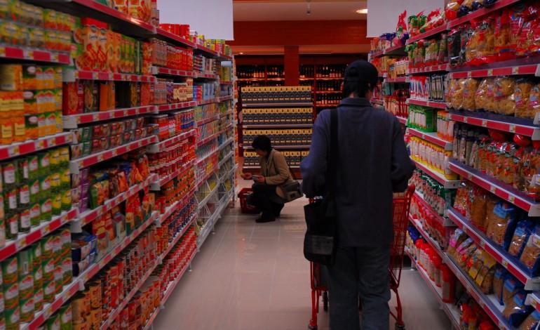 com-ameaca-de-pandemia-vendas-em-hiper-e-supermercado-subiram-16percent-em-leiria