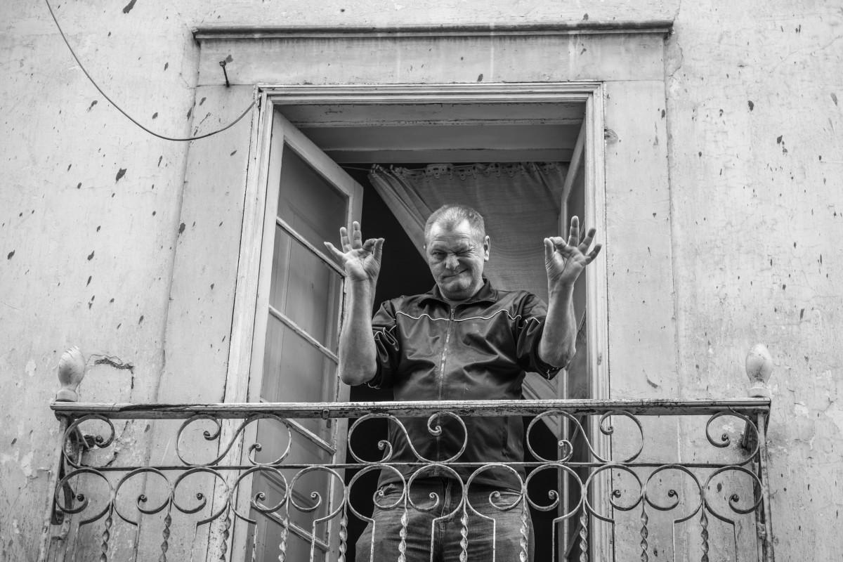 homem-a-janela-leiria-2020
