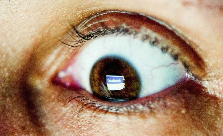 vicio-pelas-redes-sociais-arrasta-cada-vez-mais-adultos