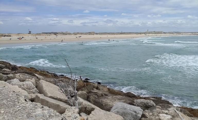 transposicao-de-areias-na-figueira-da-foz-para-sul-vai-ser-apresentada-em-setembro