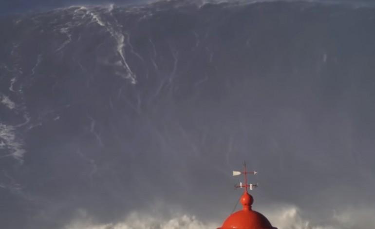 ha-um-surfista-que-liga-a-onda-gigante-da-nazare-ao-titulo-do-liverpool