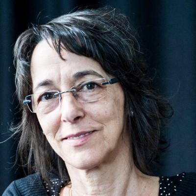 Clara Leão, professora de dança