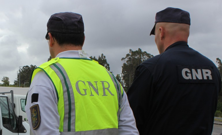 gnr-detem-suspeitos-de-trafico-de-droga
