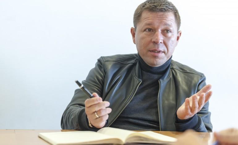 alexander-tolstikov-tenho-pena-de-nao-haver-um-final-feliz
