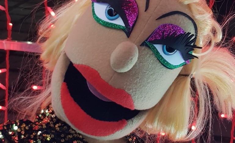 sa-marionetas-um-ano-dificil-e-uma-nova-personagem-a-drag-influencer