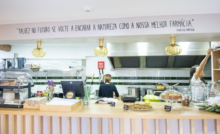 Projecto liderado por Vânia Fonseca (com Ivan Braz) fica no Largo Paio Guterres