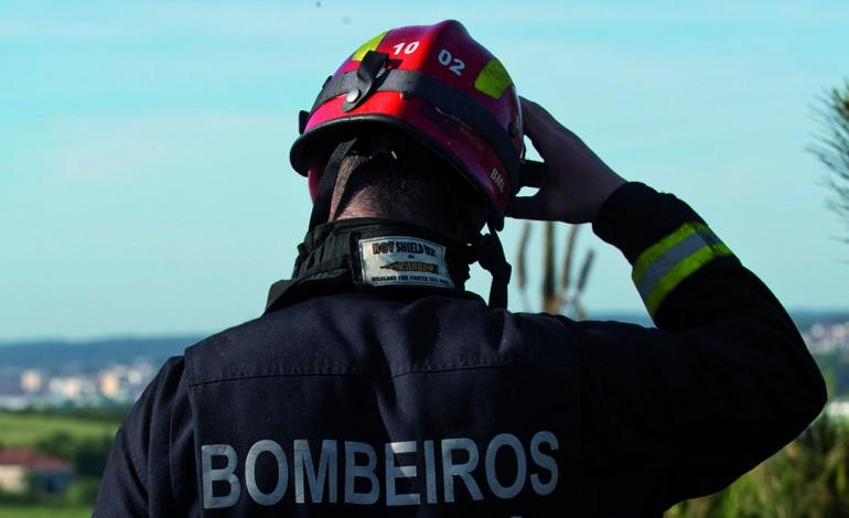 aberto-concurso-para-bombeiros-sapadores-no-oeste