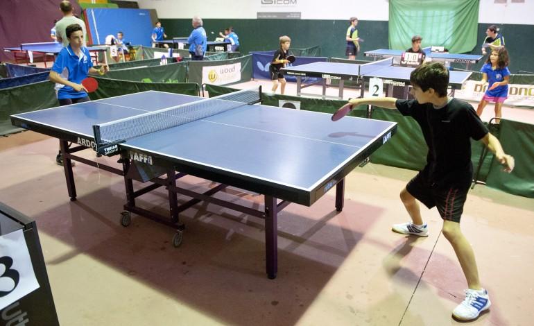 tecnicos-chineses-visitam-leiria-para-fazer-evoluir-o-tenis-de-mesa