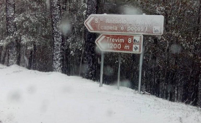 aviso-amarelo-pode-trazer-neve-ao-ponto-mais-alto-do-distrito-de-leiria