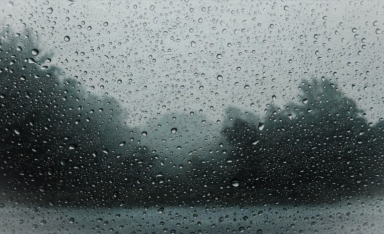 aviso-de-chuvadas-vento-forte-e-mar-agitado