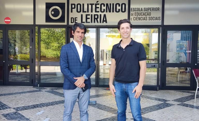 politecnico-e-speak-assinam-protocolo-para-aprendizagem-de-linguas
