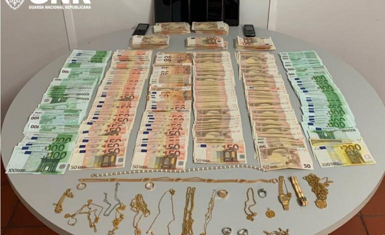 gnr-identifica-casal-por-furto-de-mais-de-70-mil-euros-em-pombal