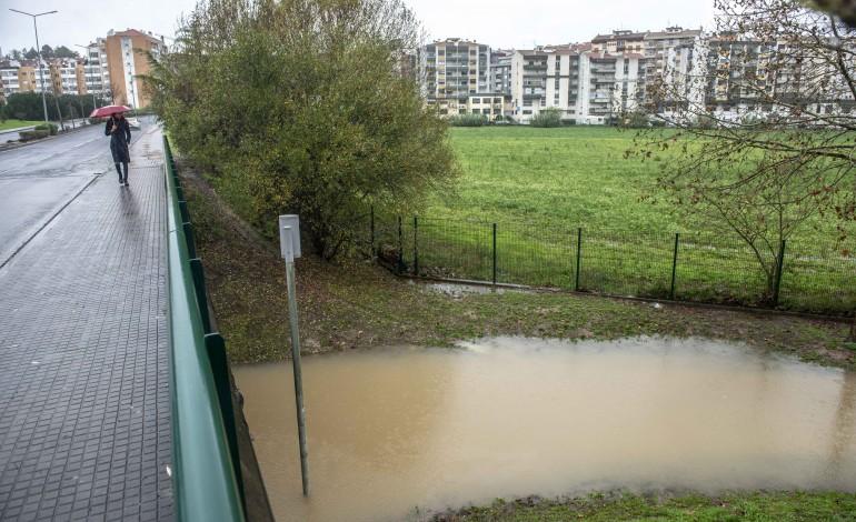 O rio Lis está em risco de voltar a transbordar