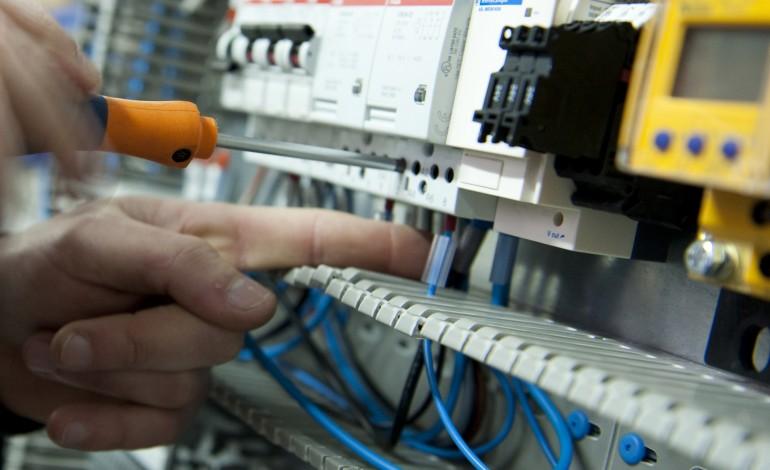 avaria-em-sub-estacao-da-e-redes-provocou-falhas-de-electricidade-em-leiria