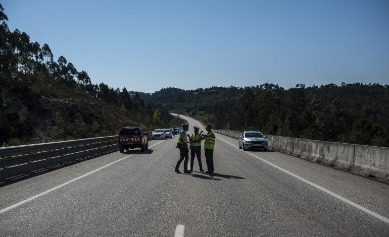 infraestruturas-de-portugal-reforca-seguranca-no-ic8-no-norte-do-distrito-de-leiria