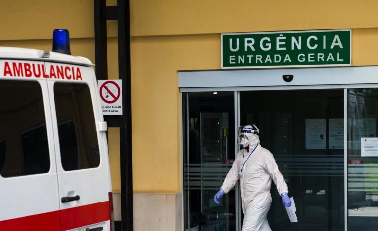 centro-hospitalar-de-leiria-nega-falhas-de-material-denunciadas-pela-ordem-dos-medicos