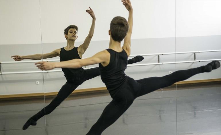 ballet-da-annarella-regressa-carregado-de-medalhas-do-yagp-barcelona