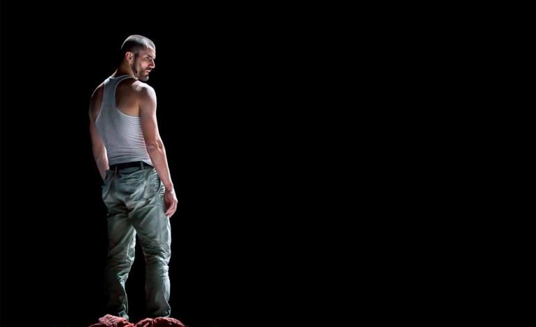 Bruno Alves, bailarino na Companhia Olga Roriz