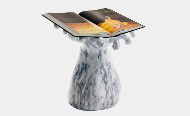 esculpido-na-batalha-pedestal-que-acompanha-autobiografia-da-cantora-rihanna-10787