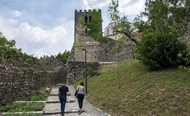 leiria-da-a-conhecer-acervo-arqueologico-do-castelo