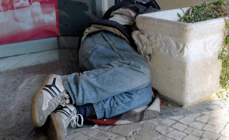 casas-primeiro-quer-tirar-sem-abrigo-das-ruas-de-leiria