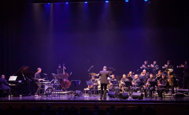 orquestra-de-jazz-de-leiria-toma-conta-da-praca-rodrigues-lobo-10720