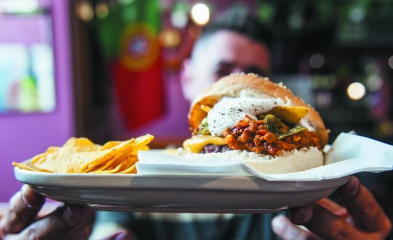 hamburguerias-uma-moda-que-esta-a-conquistar-a-regiao-4593