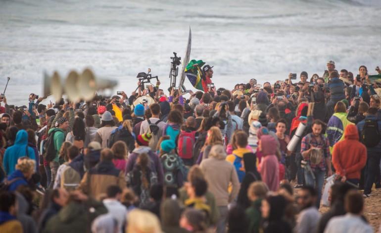 peniche-volta-a-acolher-mundial-de-surf-em-2016-2522