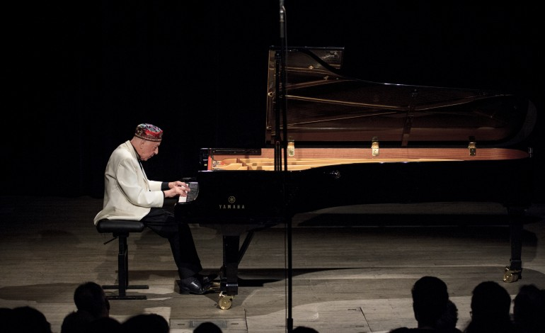 sipo-celebra-bodas-de-prata-com-pianistas-de-renome-e-12-pianos-espalhados-por-obidos