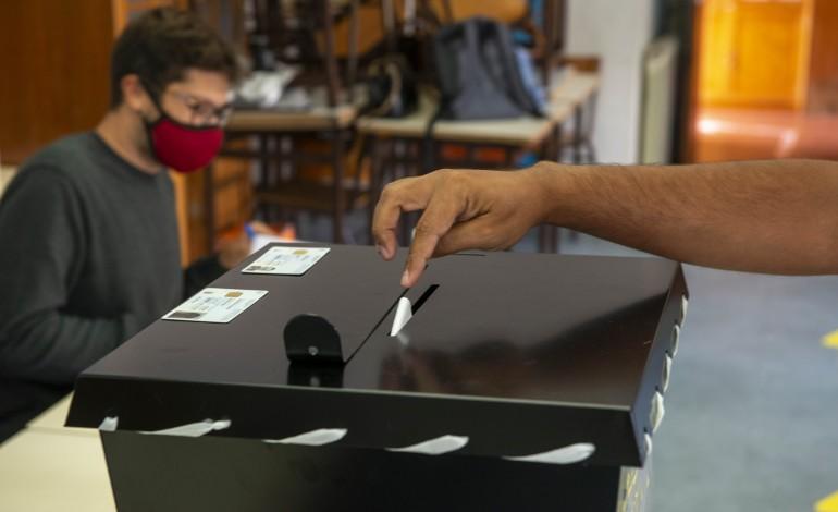 concelho-de-leiria-regista-afluencia-as-urnas-ligeiramente-inferior-a-media-nacional