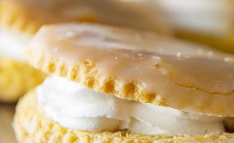 coisa-nossa-a-meia-lua-da-antiga-pastelaria-saraiva