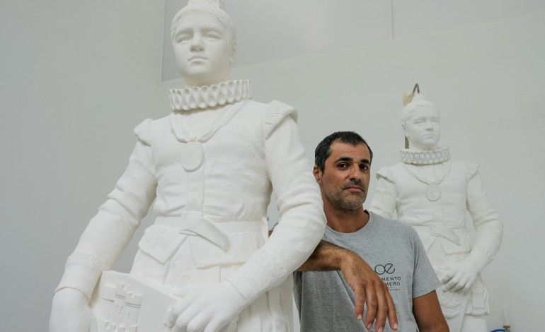 estatua-de-d-sebastiao-destruida-no-rossio-renasce-em-leiria